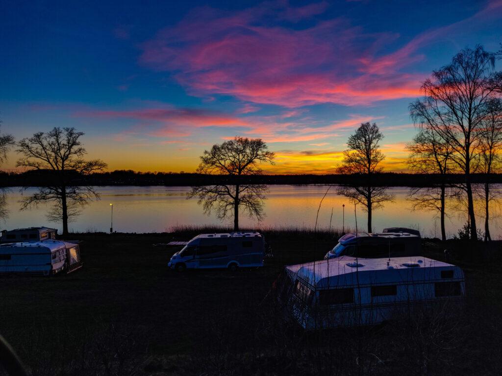 Magisk solnedgång över Osby camping